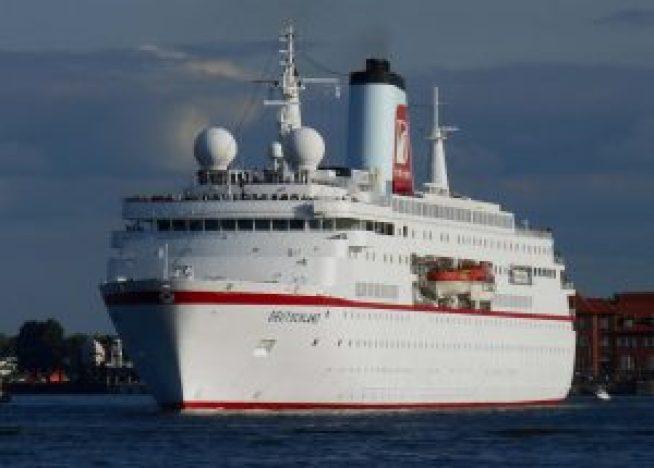 01-Pacific-Princess-300x172 Die Fernseh-Traumschiffe