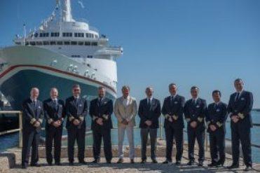 Captains-in-Cadiz-Captains-low-res-300x200 Captains in Cadiz – Treffen der Fred. Olsen Cruise Lines-Flotte