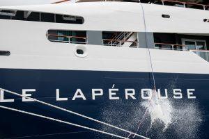 LE-LAPEROUSE-PONANT-Taufmoment-Le-Lapérouse-@-Studio-Ponant-L.-Patricot-300x200 LE LAPEROUSE getauft
