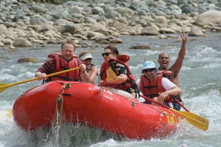 Whitewater rafting i Costa Rica