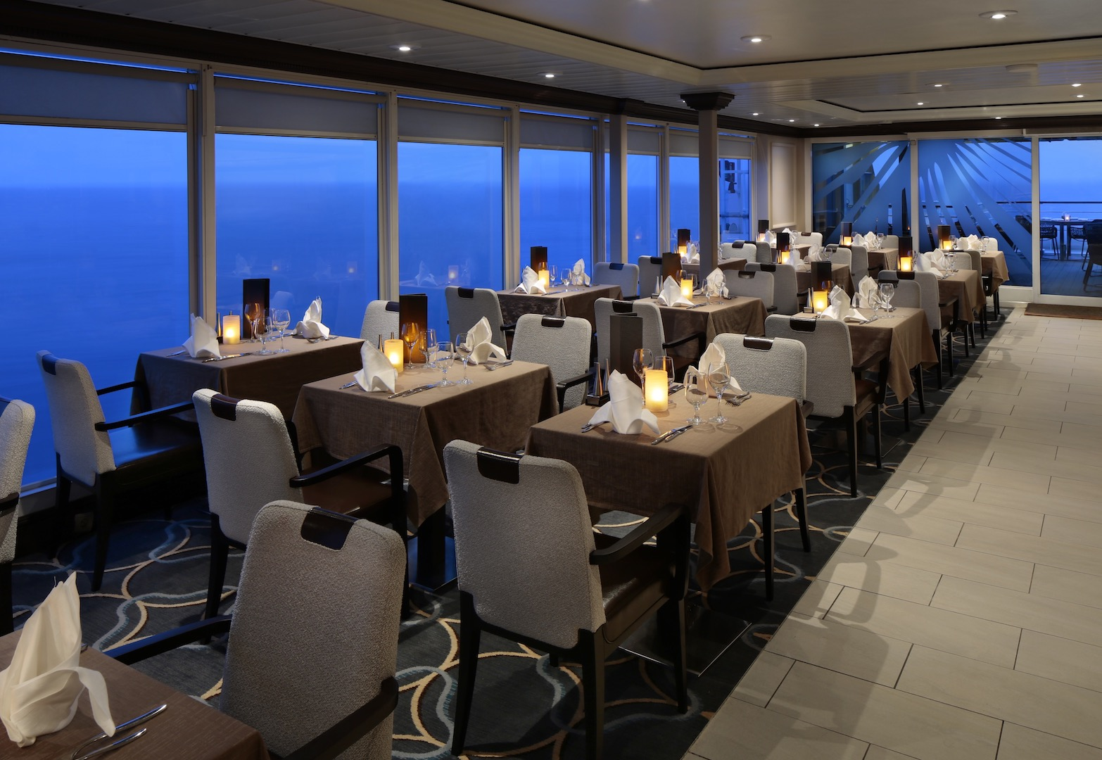 Windows Cafe alfresco restaurant