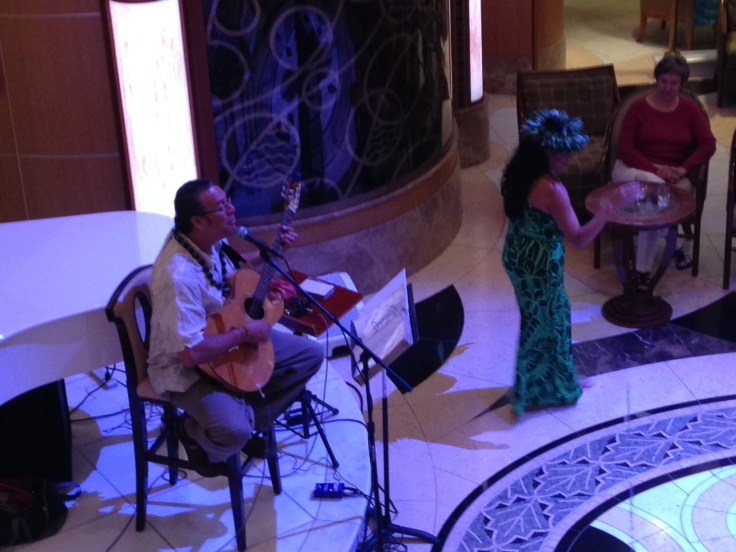 Ukelele and Hula dancing lessons are available on cruises to Hawaii