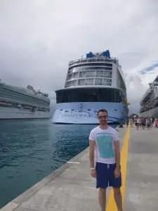 marcus adams cruise blogger