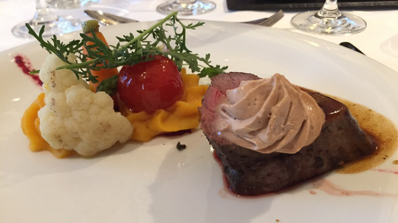 steak main dining room amamagna