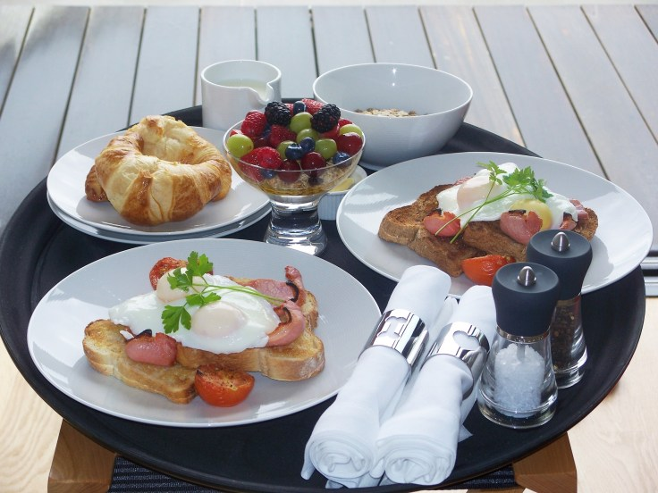 free room service breakfast