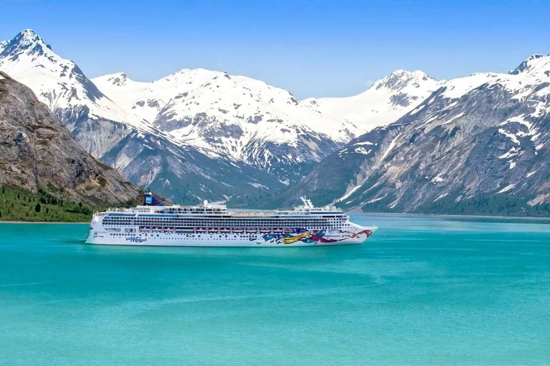 norwegian jewel glacier bay alaska