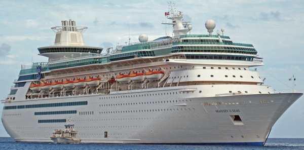 Majesty of the Seas to be scrapped? Seajets its new owner