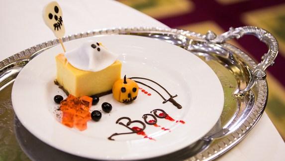 carnival-cruise-line-halloween-dessert-cheesecake