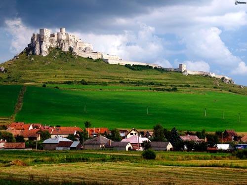 visit Spis castle Slovakia