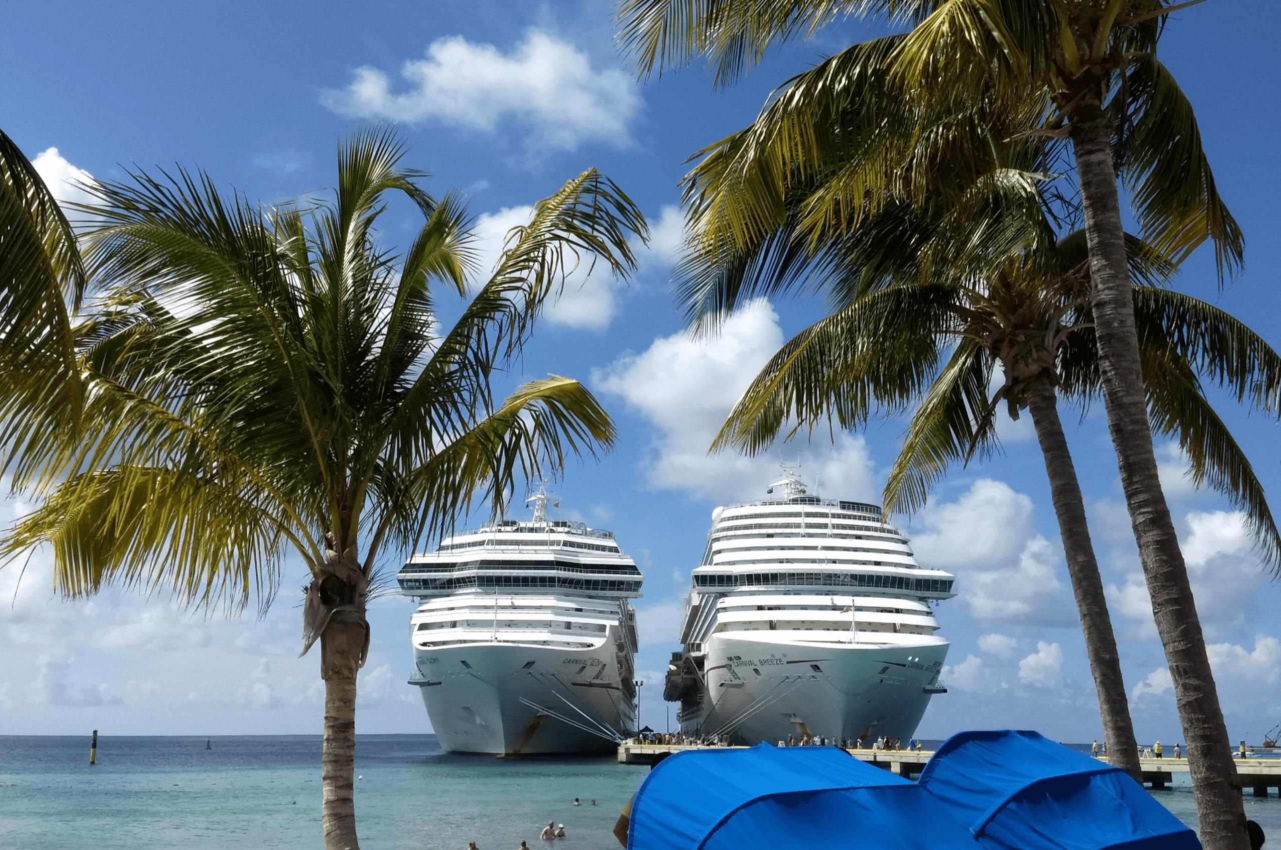 Carnival Breeze, Carnival Glory, Grand Turk Dream Cruises