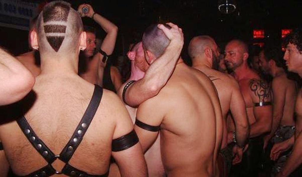 www gay com chat de chueca
