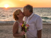 beach-wedding-1935136_1920