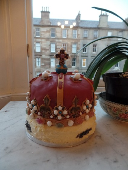Crown of Scotland Cake