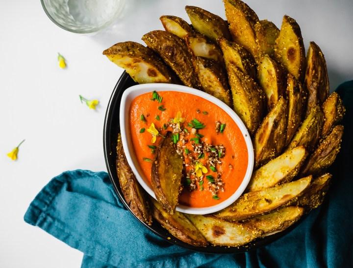 Crispy Baked Curry Potato Wedges