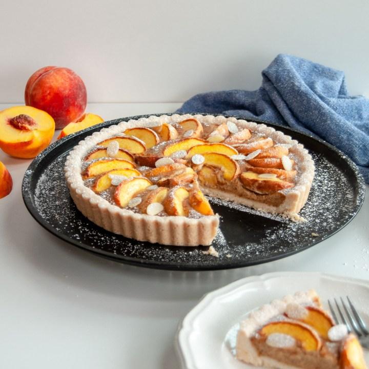 Vegan Peaches and Almond Cream Tart