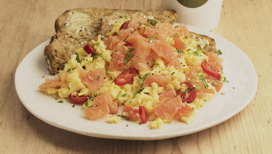 Pod breakfast-Salmon-Super-Seed-Scrambled-Eggs
