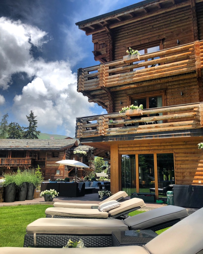 The Lodge, Verbier - Crummbs