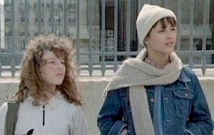 Pénélope et Vic dans le film La Boum 1.