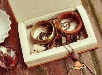 Book Jewelry Box
