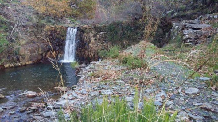 cascata-e-lagoa