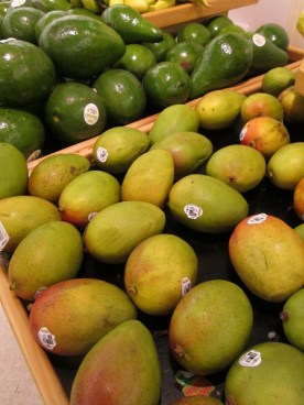 Love those Mangos © Cynthia Martz