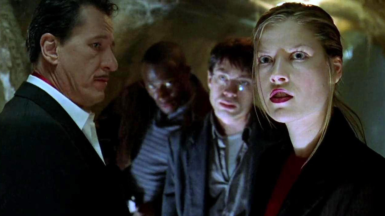 Still from House on Haunted Hill (1999)