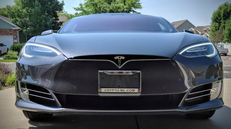 Crypto-ML Tesla Model S 3