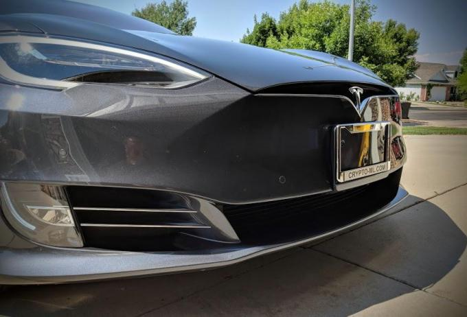 Crypto-ML Tesla Model S 5