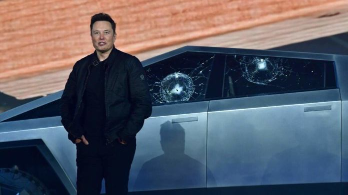 Elon Musk Misplaced It on Twitter Again. Every other Motive to Sell TSLA Stock