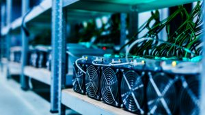 Venezuela Seizes 315 Bitcoin Mining Rigs: Miners Discuss Illegal Confiscation, Police Extortion