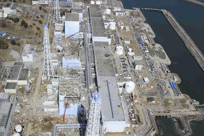 Aerial photo the crippled Fukushima Dai-ichi nuclear power plant