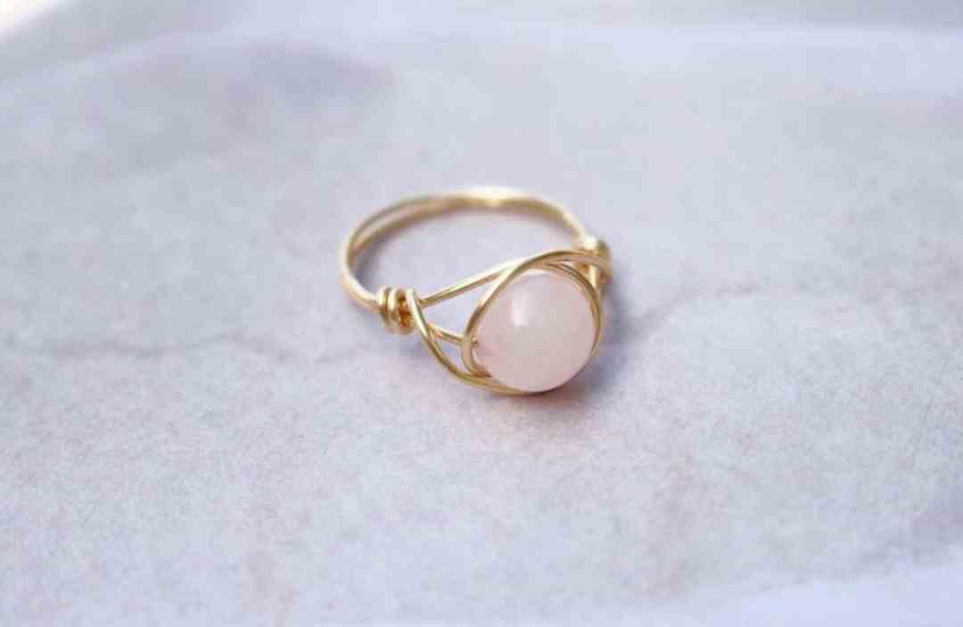 rose quartz wedding ring