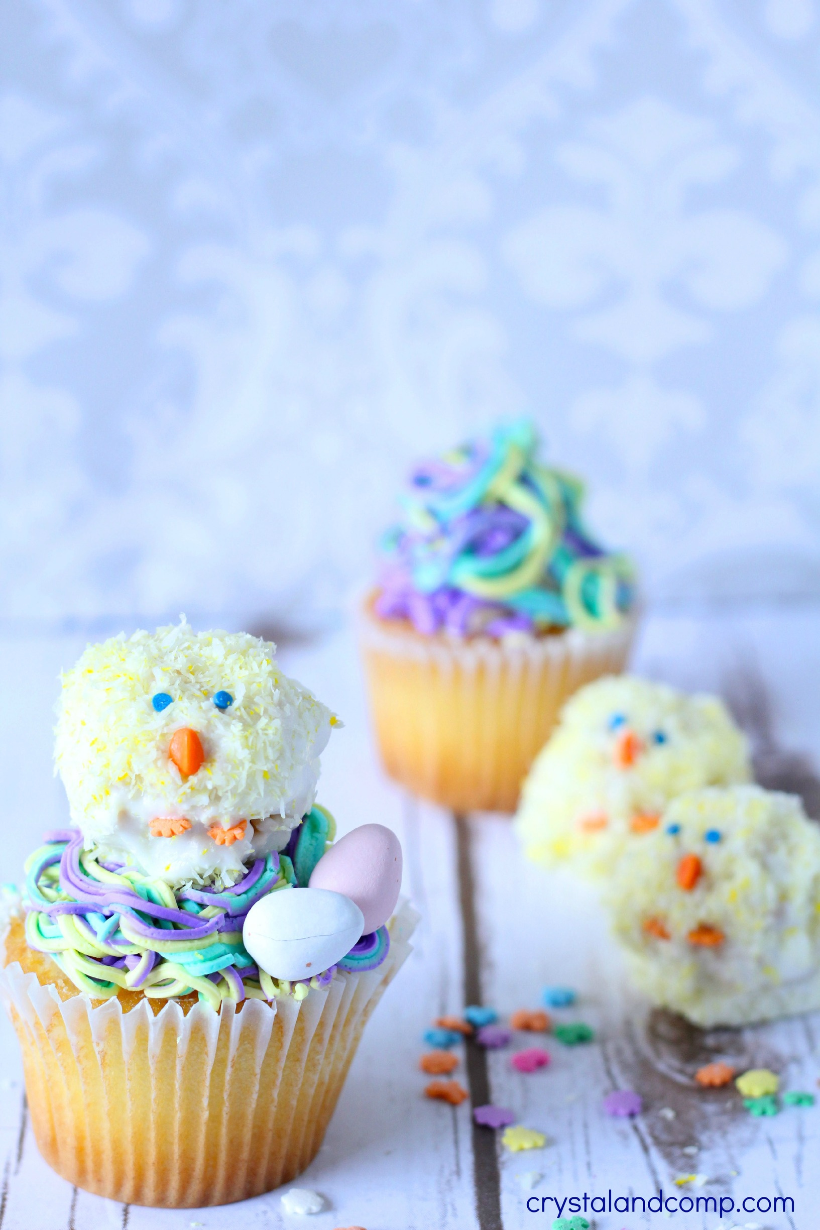 Super Easy To Make Easter Chick Cupcake Toppers