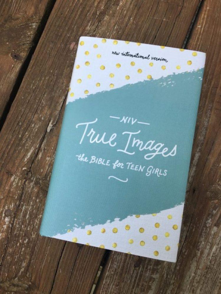 NIV True Images Bible for Teen Girls