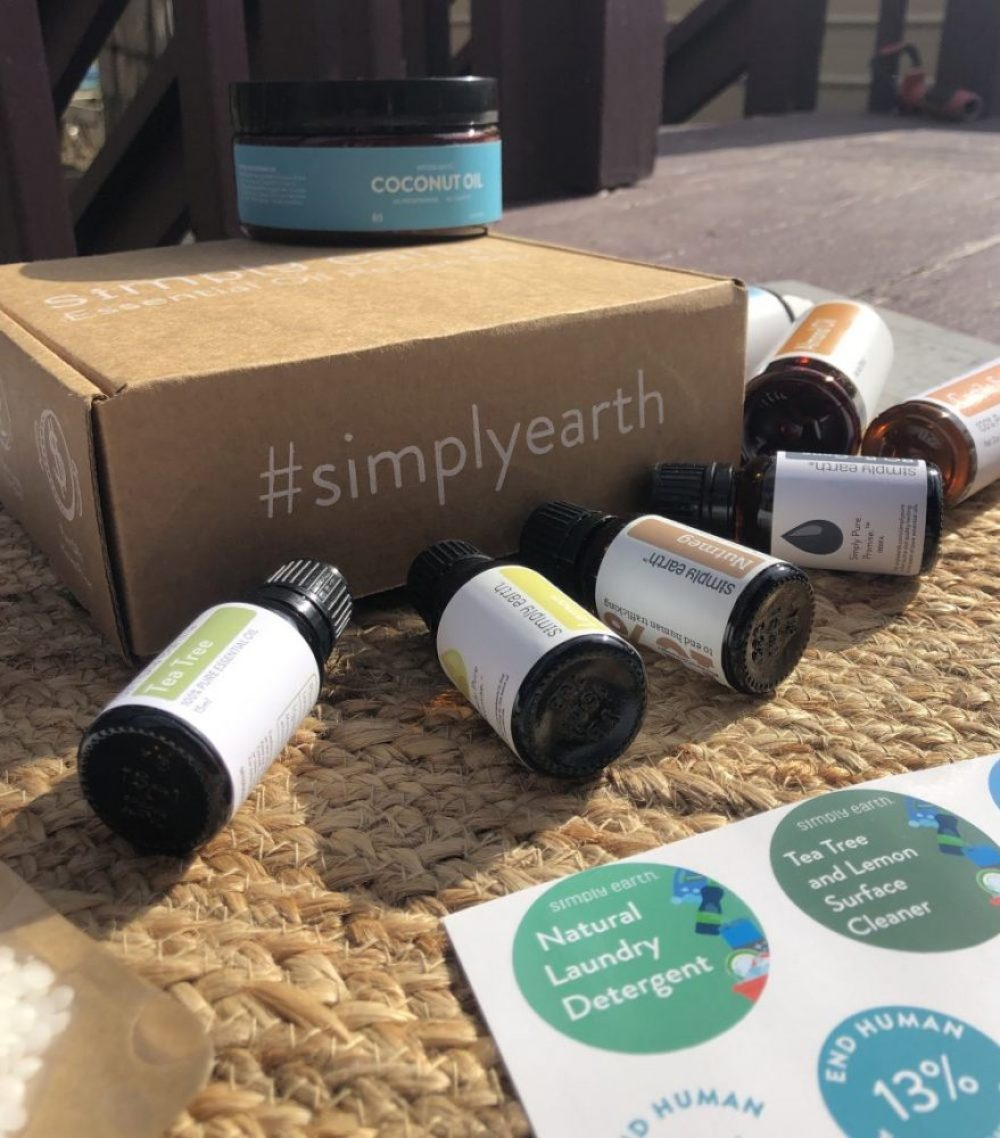 Simply Earth Essential Oils Monthly Subscribe Box - Honest Review 82