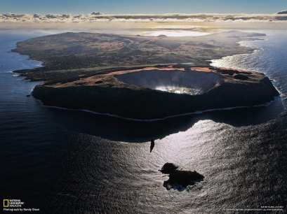 04-three-volcanos-formed-easter-island_1600