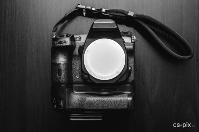 Kameragehäuse mit Handschlaufe