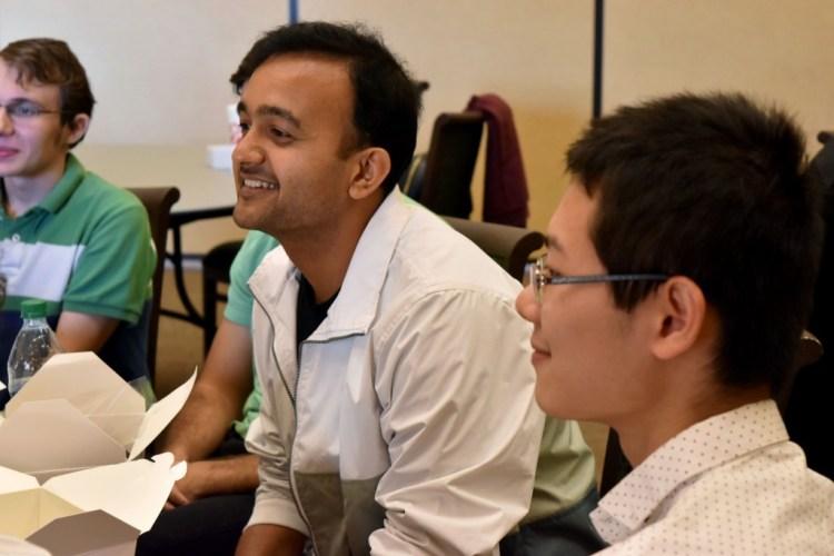 Puneet Maheshwari MS'08 and CS2 students.