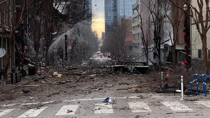Ответ на пост «Теракт в США» США, Взрыв, Теракт, Негатив, Нэшвилл, Теннесси, Бомба, Предупреждение, Новости, Происшествие, Видео, Ответ на пост