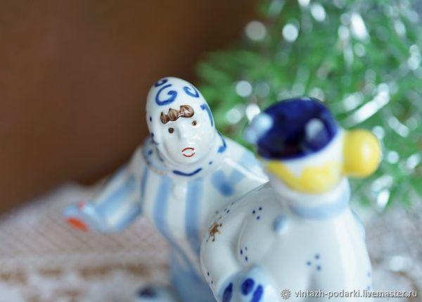 Винтаж: Фарфоровая статуэтка Кумушки (Зимний дворик ...