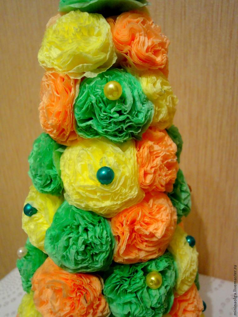 Christmas tree made of paper napkins with their own hands, photo № 19