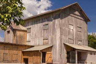 Kétszáz éves faszerkezetes malom épület