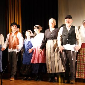 fiddler-on-the-roof-seton-catholic-central-high-school-theatre-performing-arts14