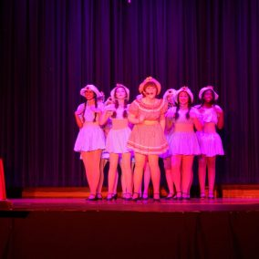 guys-and-dolls-seton-catholic-central-high-school-play-theatre-performing-arts4