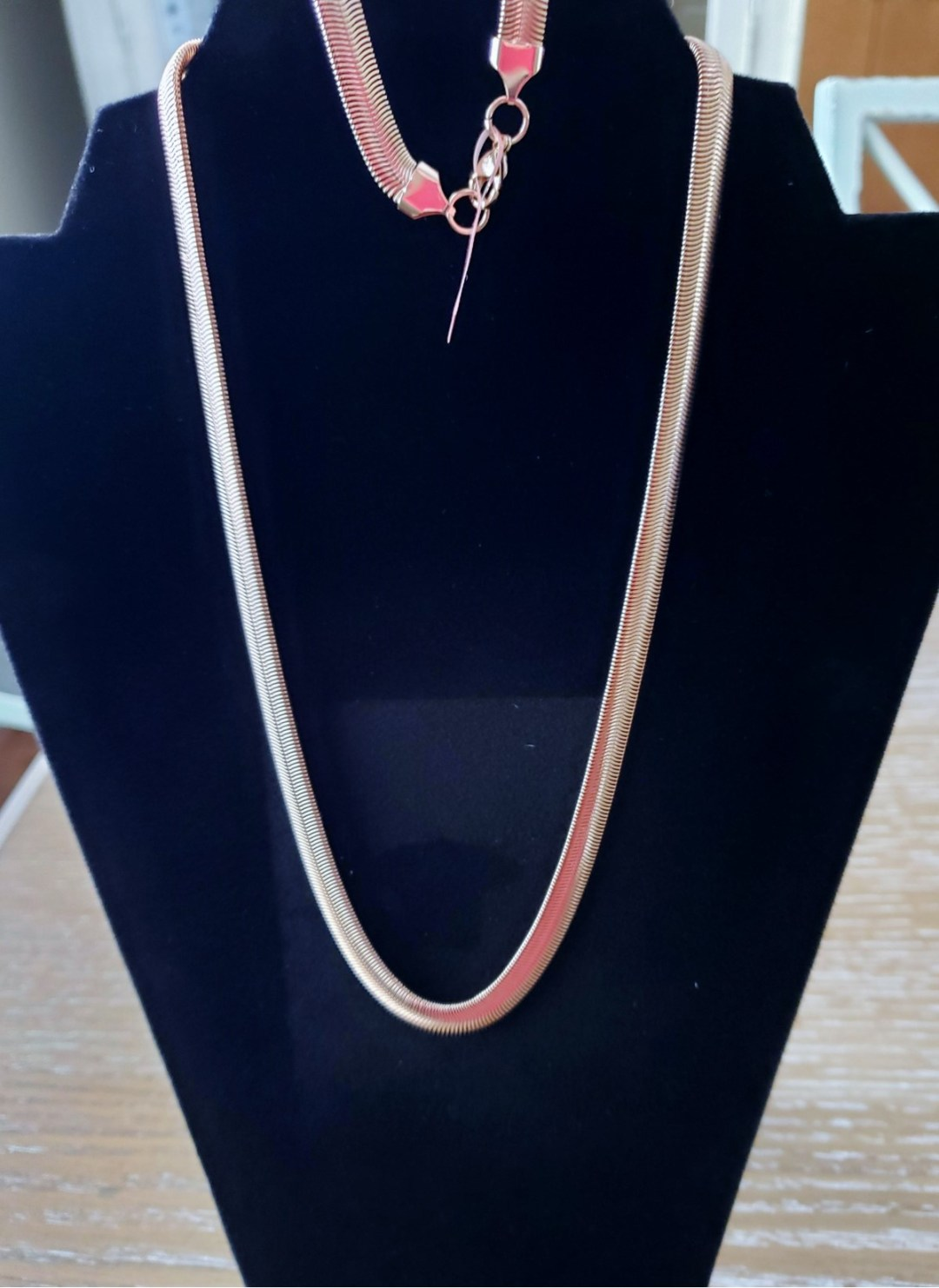 silver necklace - Basket Raffle