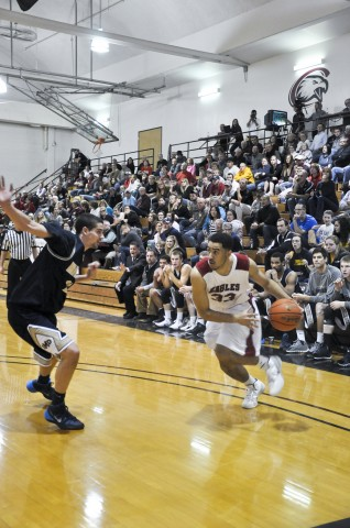 Men's basketball loses first game of the season against UNK