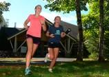 Linnea and Emma start the run