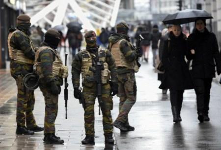 Terrorveszély miatt lefújták a brüsszeli tűzijátékot
