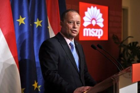 Szanyi kapitány MSZP-elnök lenne