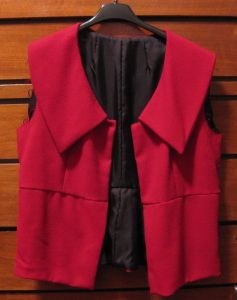 The half-finished red crepe jacket